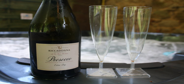 Séance de luxe spa privé avec Prosecco Chabanettes Hotel & Spa Puy-de-Dôme Auvergne
